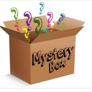 Lucky Brand Other - Lucky Brand Mystery Box Bundle
